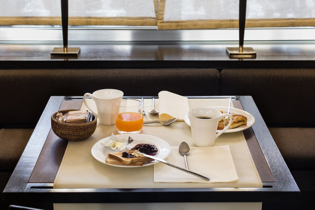 Breakfast included  art hotel novecento bologna